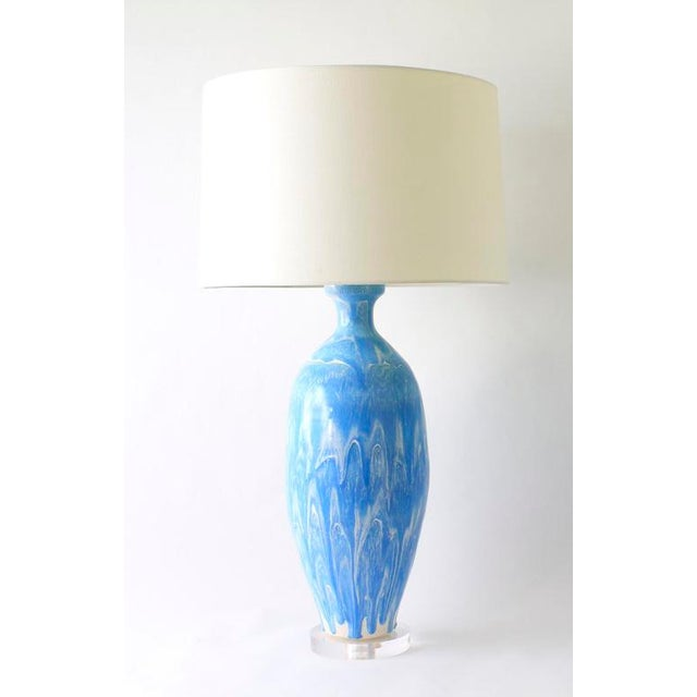 "Paul Schneider Paul Schneider Ceramic ""Elizabeth"" Lamp in Drip Banded Robin's Egg Glaze For Sale - Image 4 of 4"