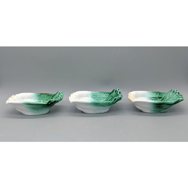 Farmhouse Vintage Italian Majolica Green Onion Vegetable Dipping Bowls - Set of 3 For Sale - Image 3 of 10