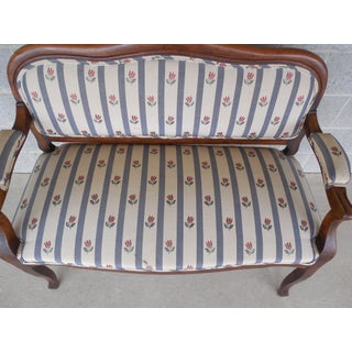 """Antique Walnut Frame 19th Century Victorian Period Settee Bench 47""""w Preview"""