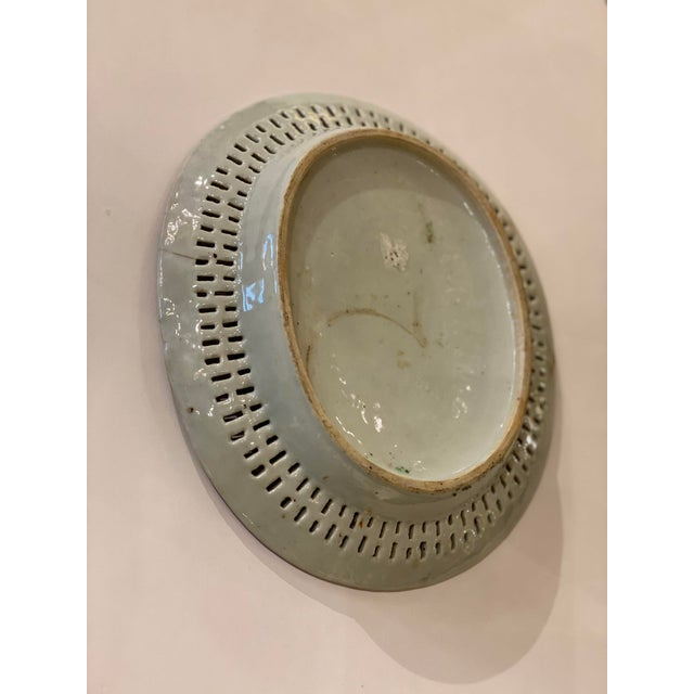 Famille Verte Pierced Bowl and Under Plate For Sale - Image 11 of 13