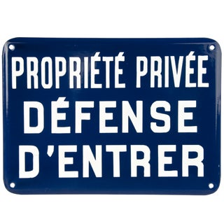 """Vintage French """"Private Property"""" Enamel Sign"""