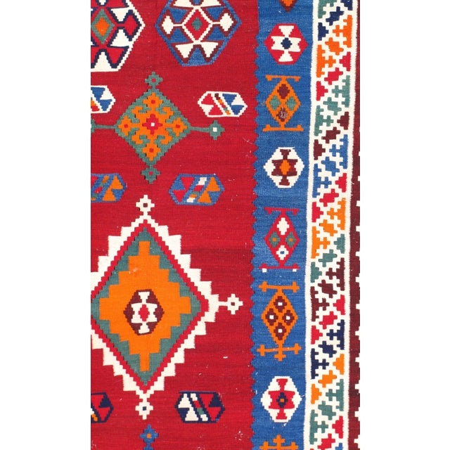 "Boho Chic Pasargad Ny Antique Persian Shiraz Kilim Rug - 4'6"" X 9'6"" For Sale - Image 3 of 4"