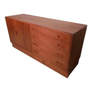 Mid Century Danish Modern Teak Dresser For Sale