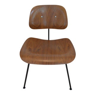 Dozens of Herman Miller Eames 1950s Walnut Dining Room Chair With New Hm Frames For Sale