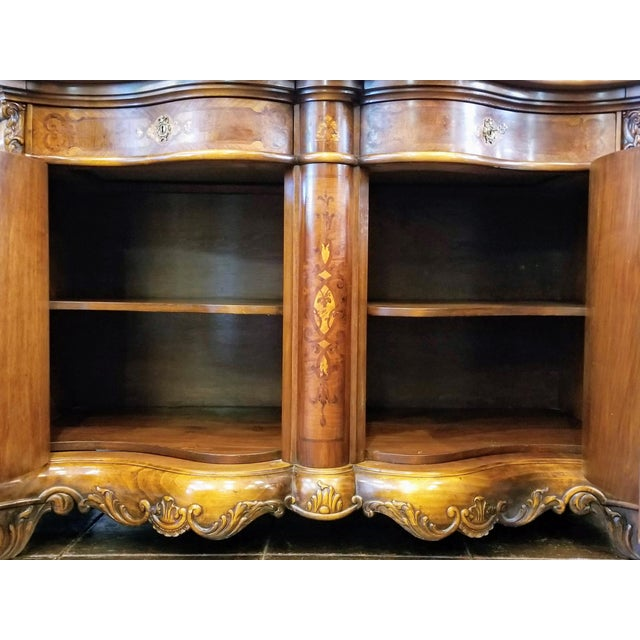 1920s Northern Italian Baroque Style Serpentine Intarsia Sideboard For Sale - Image 5 of 13