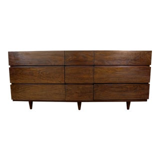 Mid-Century Danish Modern American of Martinsville Walnut Credenza/Dresser For Sale