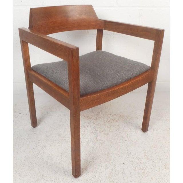 Gunlocke Set of Five Mid-Century Modern Walnut Dining Chairs by Gunlocke Chair Company For Sale - Image 4 of 11