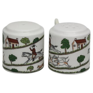 English Hunting Scene Salt & Pepper Shakers For Sale