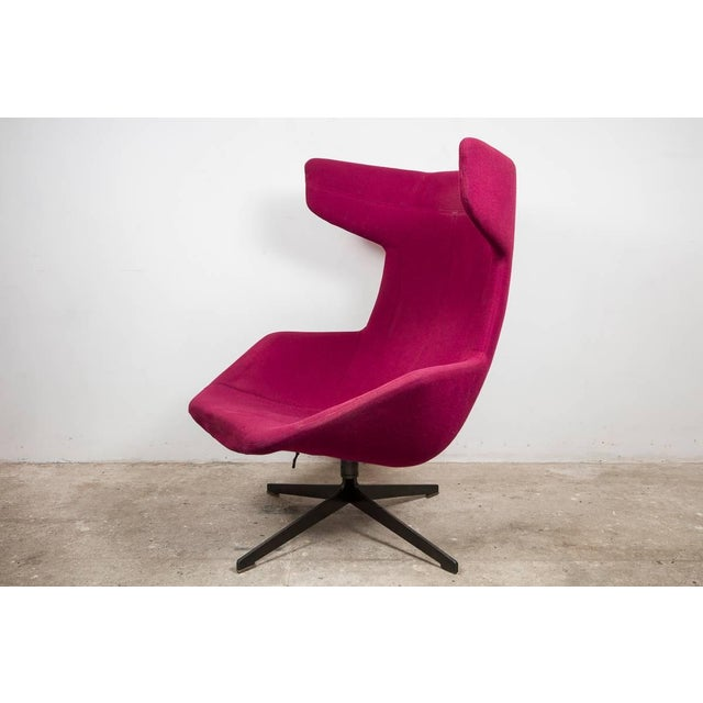 Moroso Moroso Lounge Swivel Wingback Chair by Alfredo Haberli, Italy For Sale - Image 4 of 5
