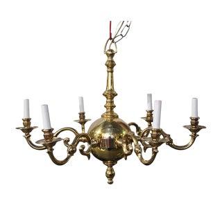 Waldorf Astoria Brass Williamsburg Style Chandelier For Sale