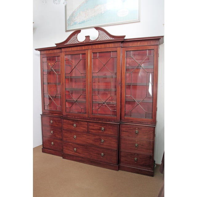 Elegant Period George III Mahogany Breakfront Bookcase - Image 3 of 11