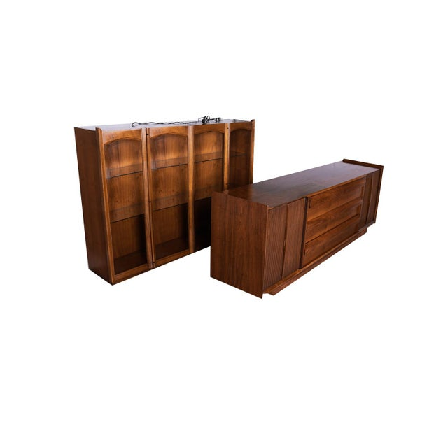 Mid Century Lane First Edition Walnut Buffet Credenza Hutch For Sale In Baltimore - Image 6 of 13