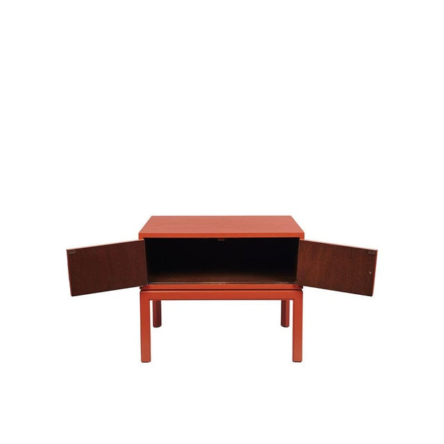 Red Lacquered Hollywood Regency Side Table - Image 4 of 8