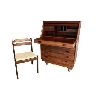1970s Danish Modern Dyrlund Rosewood Roll Top Desk with Chair For Sale