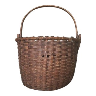 19th Century American County Large Gathering Basket For Sale