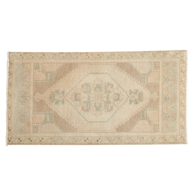 "Vintage Distressed Oushak Rug Mat - 1'7"" X 3' For Sale"