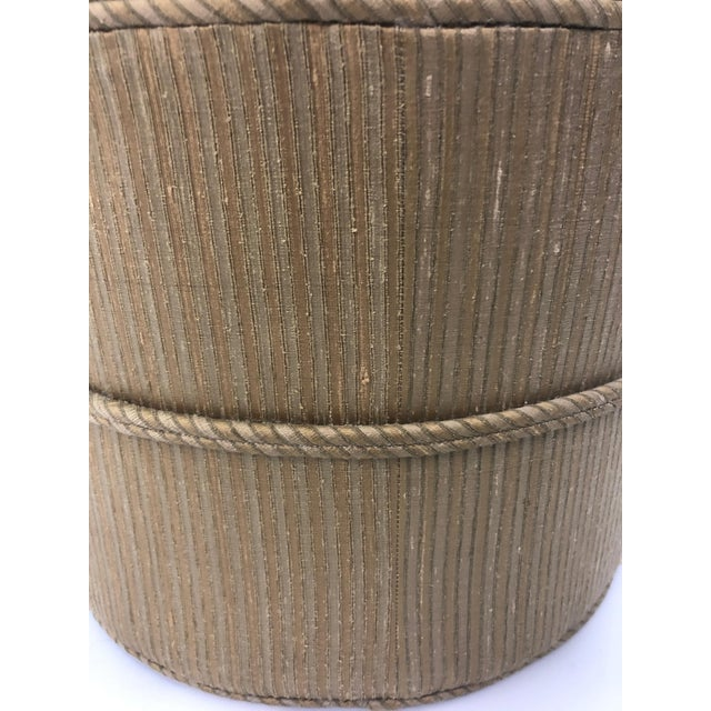 1990s Vintage Schnazzy Oval Ultrasuede Ottoman Pouf For Sale In Philadelphia - Image 6 of 8