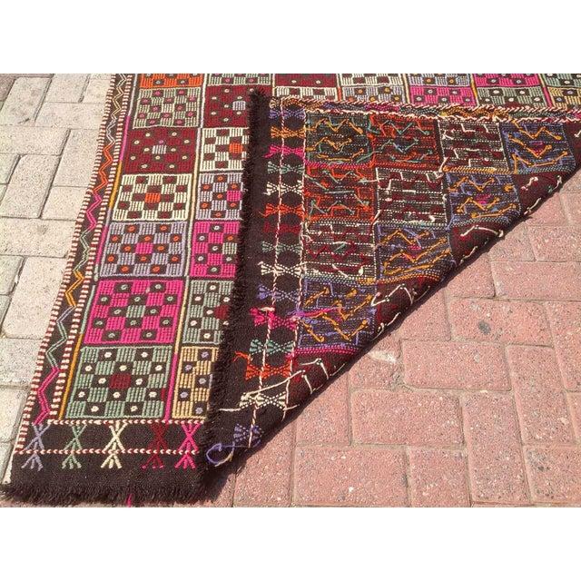"""Textile Turkish Vintage Kilim Rug - 4'9"""" X 6'2"""" For Sale - Image 7 of 7"""