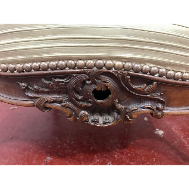Louis XV Style Walnut Bergers a Pair For Sale - Image 9 of 10