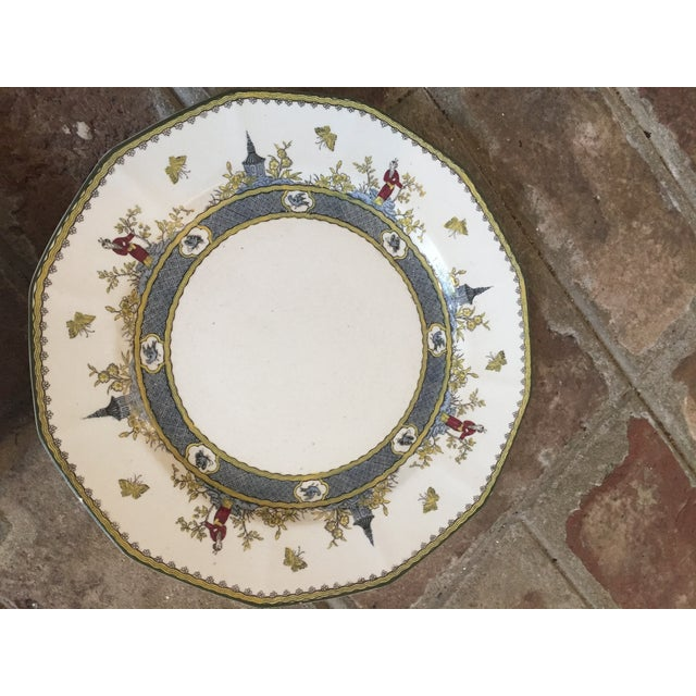 """Royal Doulton Chinoiserie """"Mandarin"""" Pattern Platter and Dinner Plate Set - 2 Pc. For Sale - Image 10 of 13"""