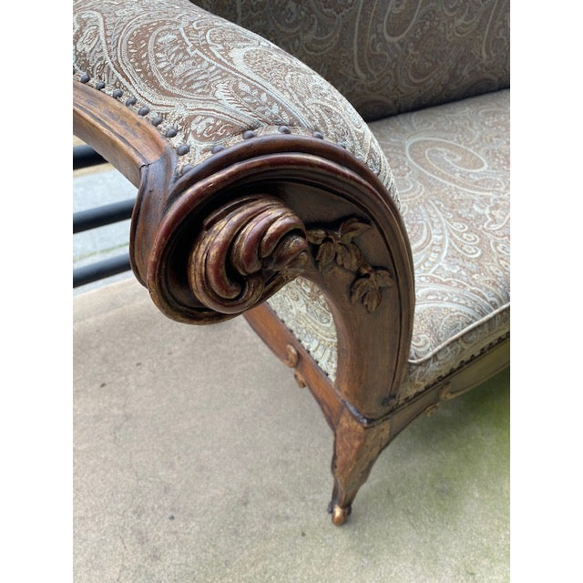 Early 19th C. French Walnut Settee With Guilt Accents For Sale In Los Angeles - Image 6 of 13