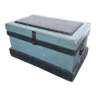 1930s Country Blue and Black Wooden Trunk For Sale