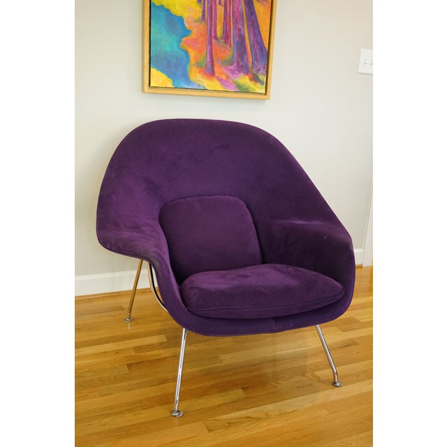 Make a statement with this regal bright purple Saarinen womb chair for Knoll, that is tagged. This chair is the most...