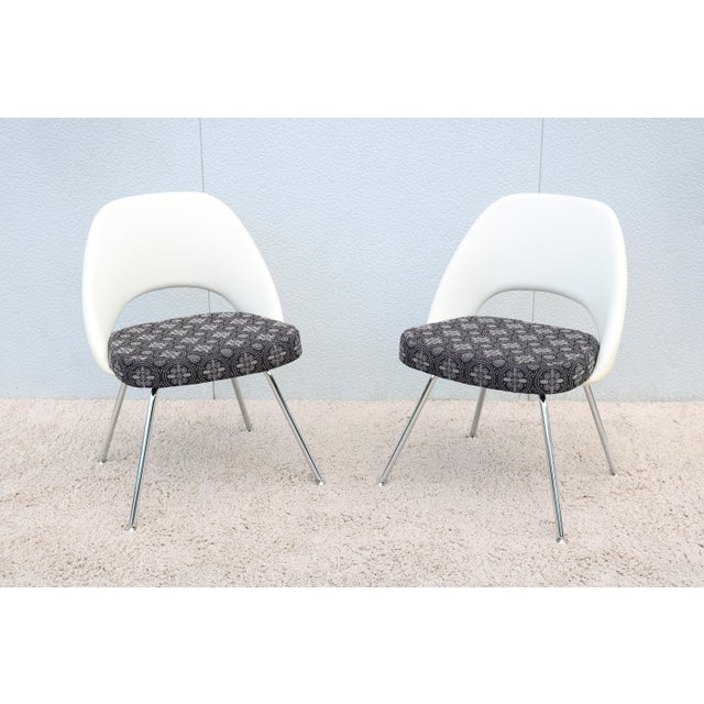Stunning Authentic Mid century modern pair of Saarinen Executive armless chairs by Knoll, One of Knoll most popular...