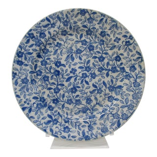 Decorative Blue and White Ceramic Plate For Sale