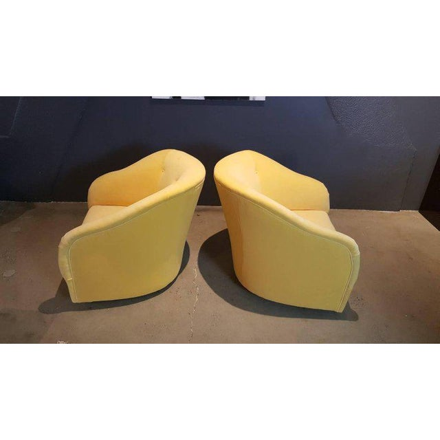 Fully Restored 1960s Vintage Ward Bennett Canary Yellow Velvet Swivel Chairs - a Pair - Image 5 of 11