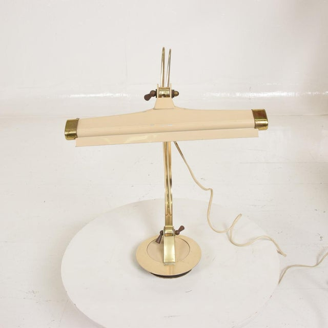 Mid-Century Modern Sculptural Harp Shape Table / Desk Lamp For Sale - Image 4 of 10