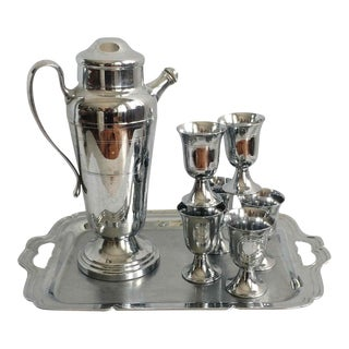 1950s Polished Chrome Cocktail Shaker Set - Set of 8 For Sale