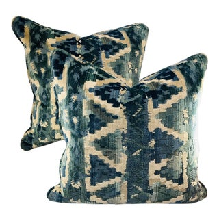 """20"""" Square Ziggurat Beacon Hill Pillows - a Pair For Sale"""