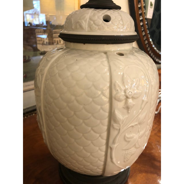 Asian 1940s Vintage Chinese White Ceramic Table Lamps- A Pair For Sale - Image 3 of 8