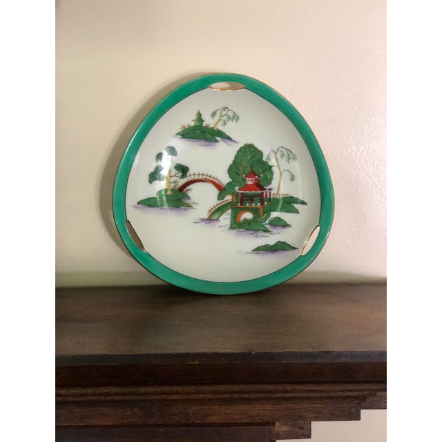 Jade Midcentury Pair of Chinoiserie Noritake Triangular Plates With Handles For Sale - Image 8 of 13