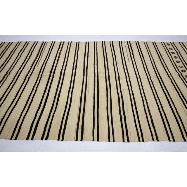 Contemporary 1960s Vintage Striped Natural Kilim Rug- 6′2″ × 12′1″ For Sale - Image 3 of 7