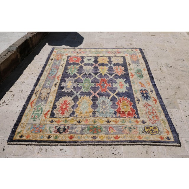 "Modern Turkish 'Miquel' Oushak Rug- 5'7"" x 7' 6"" For Sale - Image 9 of 9"