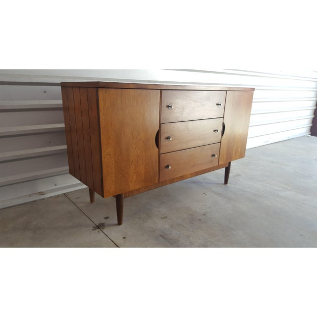 Veneer Vintage Distinctive By Stanley Mid Century Sideboard Credenza Buffet For Image 7 Of