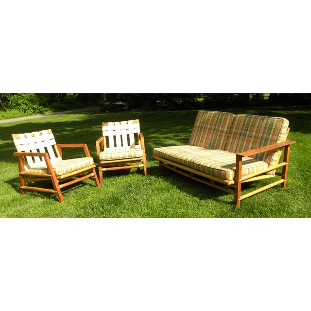 Ficks Reed set - Vintage day bed couch and 2 leather back chairs. All original Ficks Reed Couch / Day Bed. Amazing...
