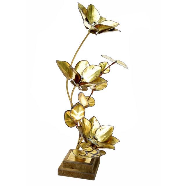 Maison Charles Maison Jansen French Mid-Century Modern 3 Light Cut Brass Flower Table Lamp For Sale - Image 4 of 13