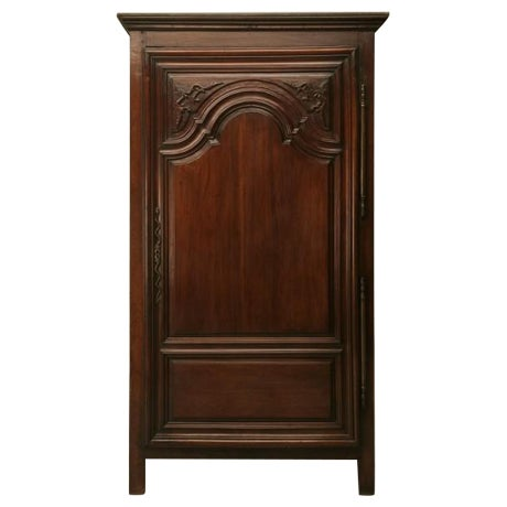 Exquisite 17th C. Hand-Carved French Louis XIV Bonnetiere/Armoire For Sale