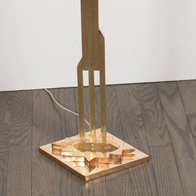 White Mid-Century Modernist Floor Lamp in Polished Brass with Custom Lucite Shade For Sale - Image 8 of 9