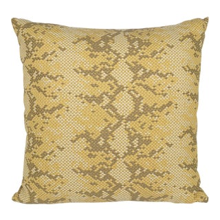 """Boa"" - Blonde - Performance 18"" Decorative Pillow"