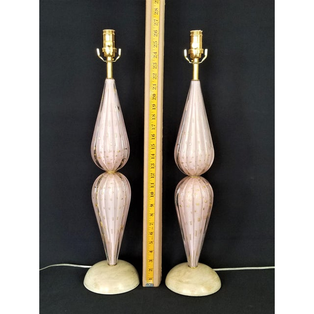 Pink Murano Glass Lamps by Alfredo Barbini -A Pair-Pink & Gold- Restored - Italy Italian Venetian Mid Century Modern Hollywood Regency Palm Beach Boho Chic For Sale - Image 8 of 9