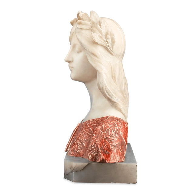 1910s Alabaster and Onyx Bust by G. Gambrogi For Sale - Image 5 of 8