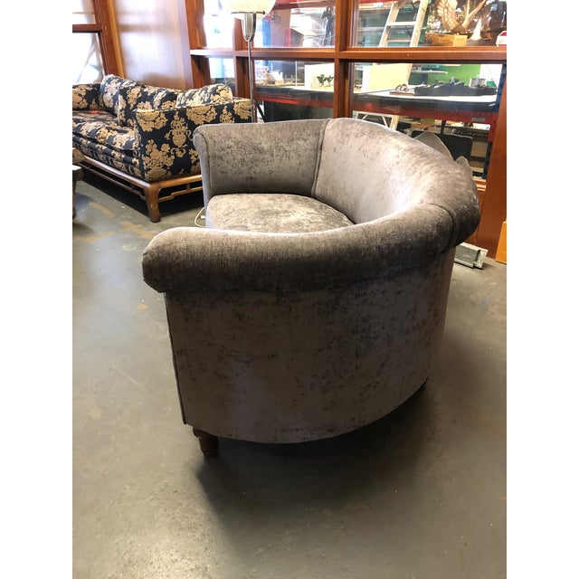 1930s Vintage Jazz Age Reupholstered Art Deco Kidney Shaped Sofa For Sale In Minneapolis - Image 6 of 11