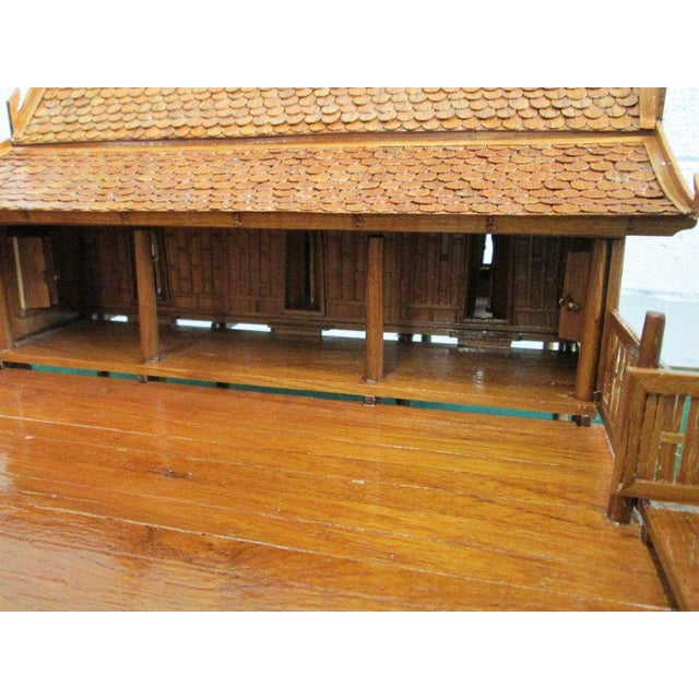 Felt Architectural Model of a Japanese House in Glass Case For Sale - Image 7 of 10