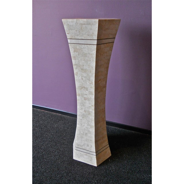 Mid-Century Modern Marble and Brass Pedestal For Sale - Image 3 of 6