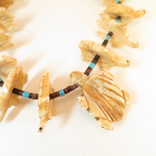 Native American Zuni Hand-Carved Bone Turtle Fetish Necklace 1970s For Sale - Image 9 of 12