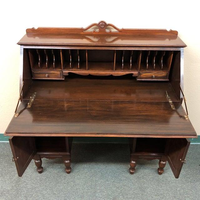 Vintage North-West Mastercraft Furniture Co. Secretary Desk For Sale -  Image 4 of - Vintage North-West Mastercraft Furniture Co. Secretary Desk Chairish